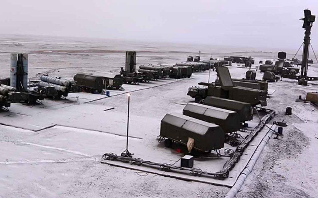 ЗРС С-300ПМ зенитного ракетного полка соединения ПВО Северного флот
